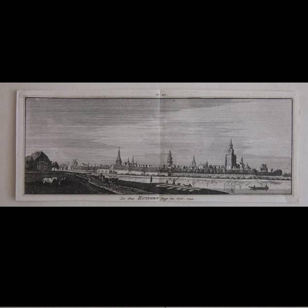 ZUTPHEN. - De Stad Zutphen langs den Yssel.